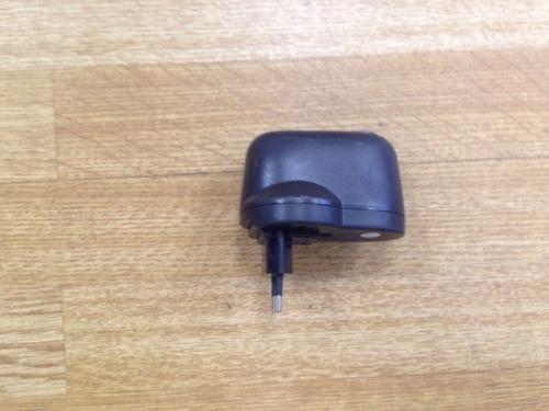 Преобразователь тока 220/12V (с гнездом прикуривателя) на 1000 mA